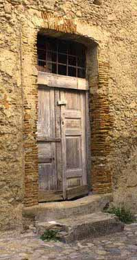 An old door in Gerace
